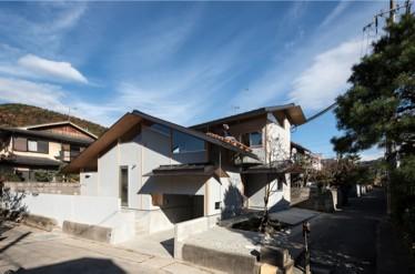 『軒下の家』が屋根のある建築作品コンテストで審査員特別賞を受賞しました。