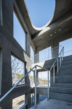 『成安造形大学アパートメント(一期工事)』の竣工写真をworksにアップしました。